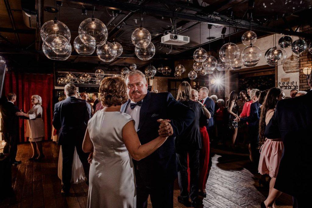 075 wesele w patio park - 18