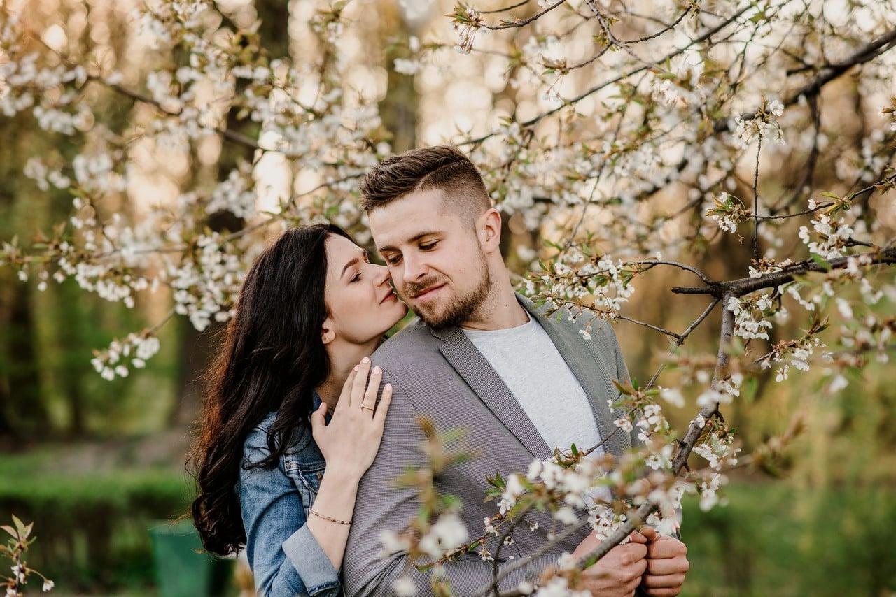 wiosenna sesja przedślubna w Katowicach